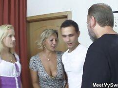 Videó pornó a dildót a felesége hüvelyébe idős nő baszik tette. A pornó különböző kategóriái.